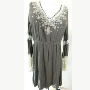 Forever 21 Plus Lace Trim Bell Sleeve Dress